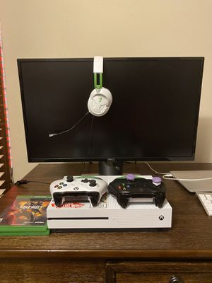 Xbox One S, Dell Monitor, 2 Controllers, 2 Games, Headset for Sale in Neenah, WI
