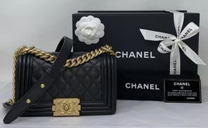CHANEL CALFSKIN QUILTED SMALL BOY FLAP BAG BLACK NEW ❤️ for Sale in Corona, CA