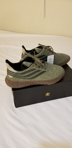 Adidas originals special edition size 11 for Sale in Catonsville, MD