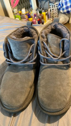 Brand new ugg boots size 10 for Sale in Grand Rapids, MI