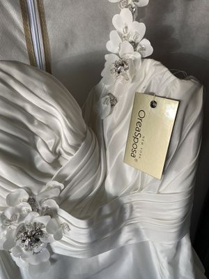 White wedding dress brand new for Sale in Escondido, CA