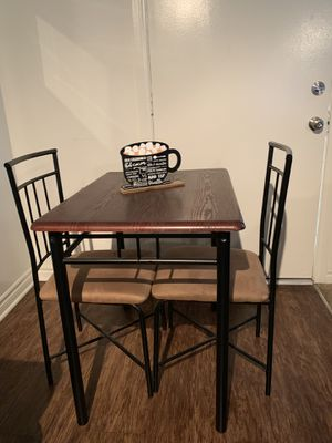 Three piece kitchen table for Sale in Norwalk, CA
