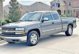 ֆ12OO 4WD CHEVY SILVERADO 4WD for Sale in Los Angeles, CA