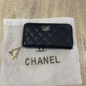 Chanel Vip Wallet for Sale in Las Vegas, NV