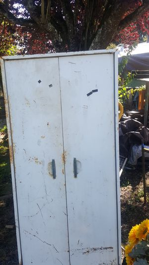 White Metal Cupboard/Cabinet for Sale in Snohomish, WA