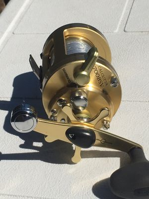 Shimano Calcutta 700BSV Fishing Reel for Sale in San Diego, CA
