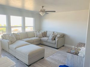 Beautiful extra plush sectional with ottoman for Sale in Lehi, UT