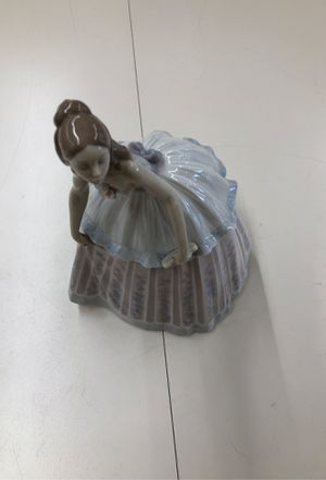 Lladro figurine waiting to dance for Sale in Huntington Beach, CA