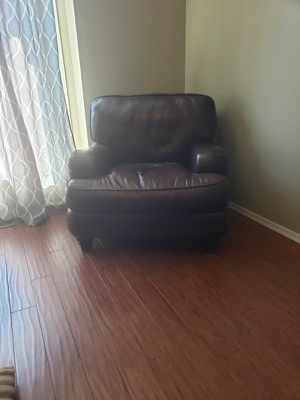 Genuine Leather Armchair (Make An Offer, Needs To Go ASAP) for Sale in Wichita, KS