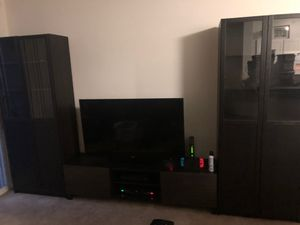 Entertainment center bundle (two bookcases with tv bench) for Sale in Pompano Beach, FL