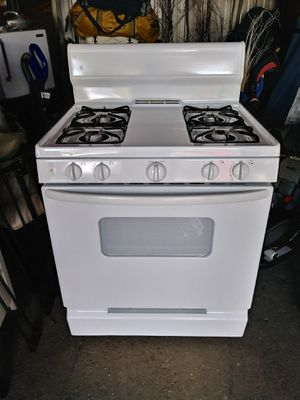 Gas stove for Sale in Worthington, OH