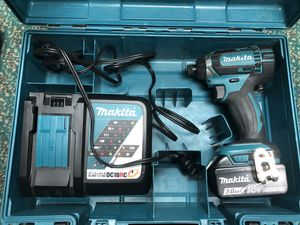 Impact Drill, Tools-Power Makita W/Charger & Battery in Case for Sale in Baltimore, MD