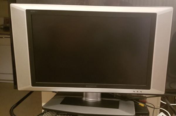 Flat TV with DVD 26 in (3 inches thick)