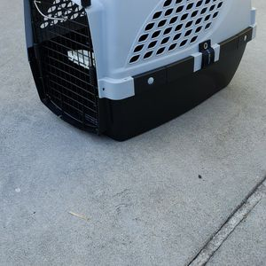 Dog Cat Traveling Taxi Crate Kennel for Sale in Downey, CA