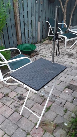 Grooming table for Sale in West Palm Beach, FL