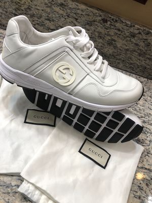 Gucci men's shoes size 71/2 for Sale in Moreno Valley, CA
