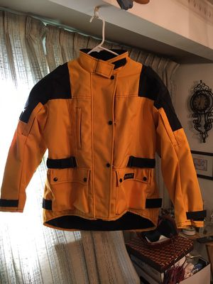 Like new condition Joe Rocket sports gear motorcycle jacket with zip in liner ladies size medium pick up only for Sale in Hilliard, OH
