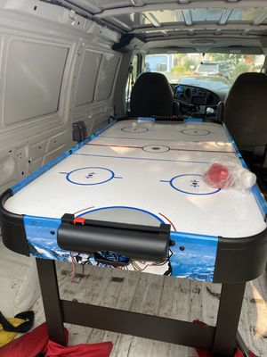 Air hockey table 54 inch for Sale in Rohnert Park, CA