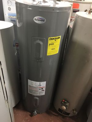 Electric water heater like new 40 gallon or 50 for Sale in Cleveland, OH