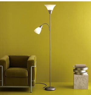 Floor Lamp w/ 2 Light Heads (one is a smaller task light) for Sale in Washington, DC