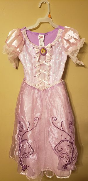 Rapunzel costume size 7/8 for Sale in Chicago, IL