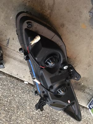 2014 Passenger headlight and fog light for Sale in Joint Base Lewis-McChord, WA