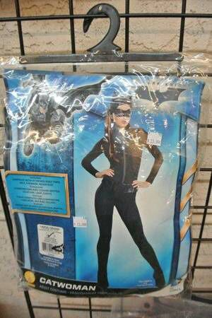 Batman Dark Knight Movie Catwoman Adult Halloween Costume Sz Large for Sale in Mesa, AZ