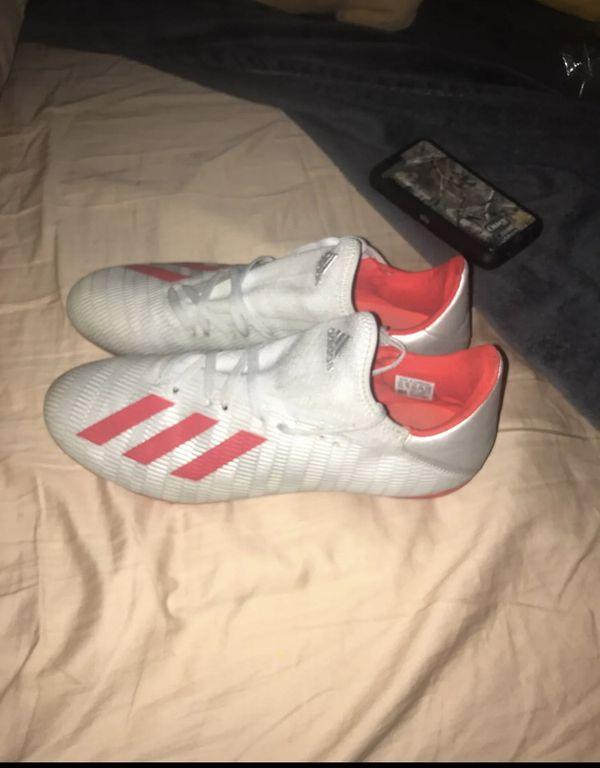 adidas nike soccer cleats 10.5