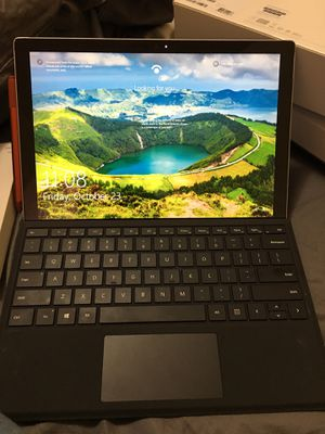 Microsoft surface pro 7 for Sale in Shelbyville, TN