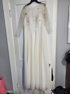 Never worn, beautiful, handmade wedding dress!! for Sale in Columbus, OH