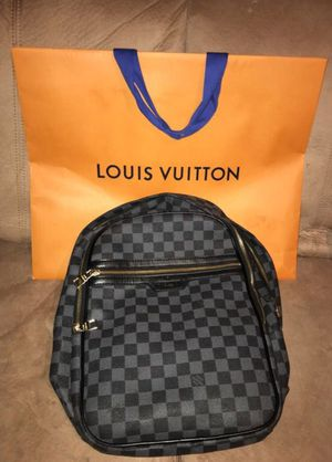 ee3e5411467 Louis Vuitton BackPack Michael NM Damier Graphite Noir ( Gucci, Michael  Kors, Ferragamo )