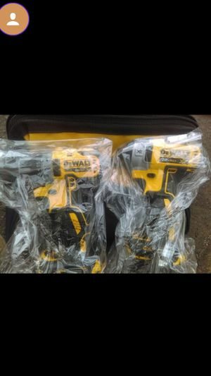 (NEW) Dewalt 20v max brushless impact and drill driver kit for Sale in Vancouver, WA
