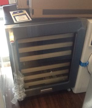 New open box kitchen aid wine cooler KUWR204ESB for Sale in Hawthorne, CA