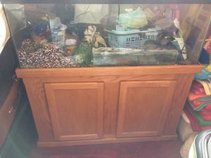 55 gallonsFish tank with the accessories for Sale in San Bruno, CA