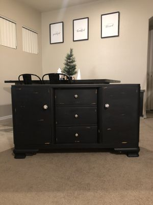 Chalk painted farmhouse tv stand/ dresser for Sale in Glendale, AZ
