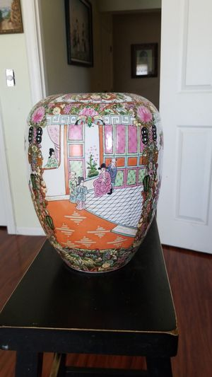 Chinese antique porcelain raised enamel colored painted vase. for Sale in Lakewood, CA