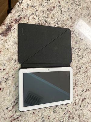 """White Fire HD 8 Tablet, 8"""" HD Display, 32 GB WITH Charger AND Case for Sale in Lakeland, FL"""