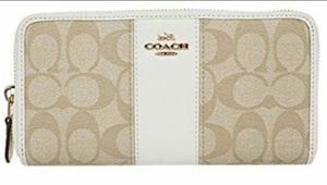 Coach Wallet for Sale in Wheat Ridge, CO