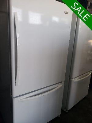 😍😍Refrigerator Fridge Whirlpool Bottom Freezer White #832😍😍 for Sale in Ontario, CA
