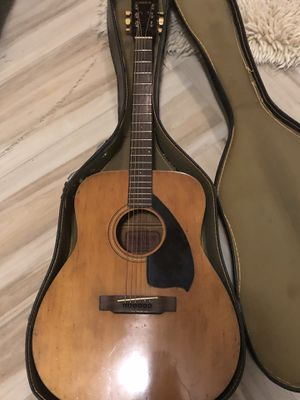 Vintage FG140 Yamaha Guitar for Sale in Fresno, CA