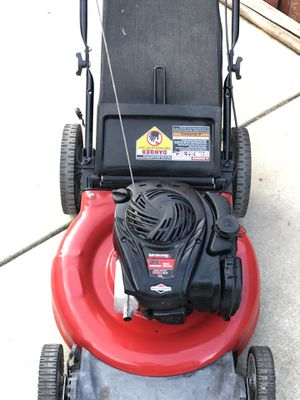 Yard machine push lawn mower for Sale in Sacramento, CA