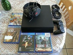 PlayStation 4 Pro - PS4 Pro 1TB w/ Cables, Controller, 4 Games, and Headset for Sale in Washington, DC