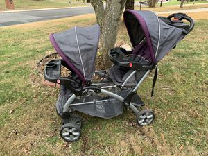 Baby Trend sit n stand double stroller for Sale in Silver Spring, MD