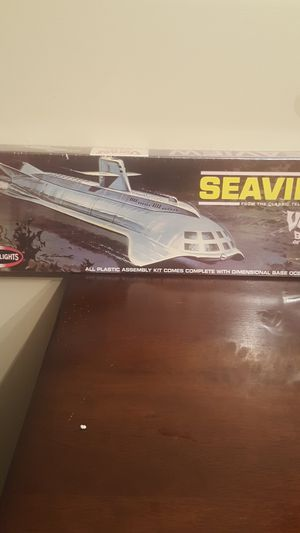 Seaview submarine plastic model from Voyage to the bottom of the sea. for Sale in Coral Springs, FL