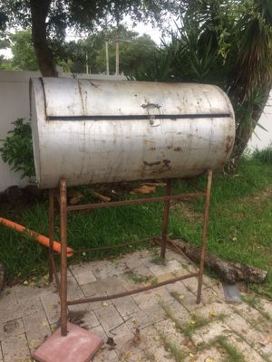 BBQ smoker grill for Sale in Largo, FL