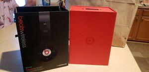 Beats wireless bluetooth headphones for Sale in Pembroke Pines, FL