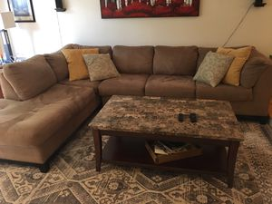 Sectional sofa for Sale in Lincoln, RI