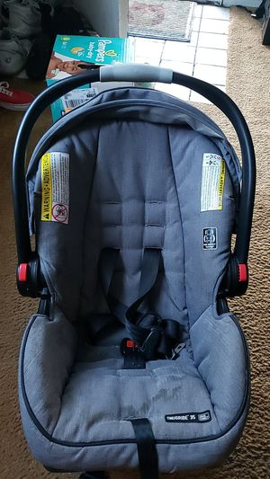 Graco carseat with 2 bases for Sale in San Jose, CA