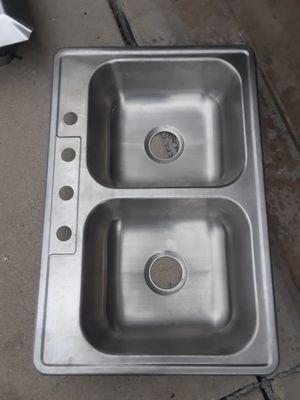 New stainless double nowl kitchen sink for Sale in Schaumburg, IL