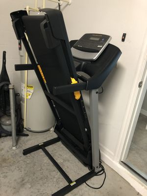 Golds gym 430i treadmill for Sale in Tampa, FL